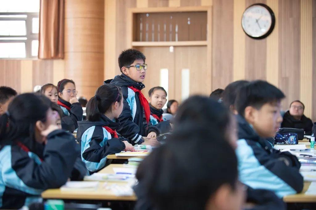 核心素养培育视角下的问题情境设计 ——记2019年五校联合教研活动数学专场
