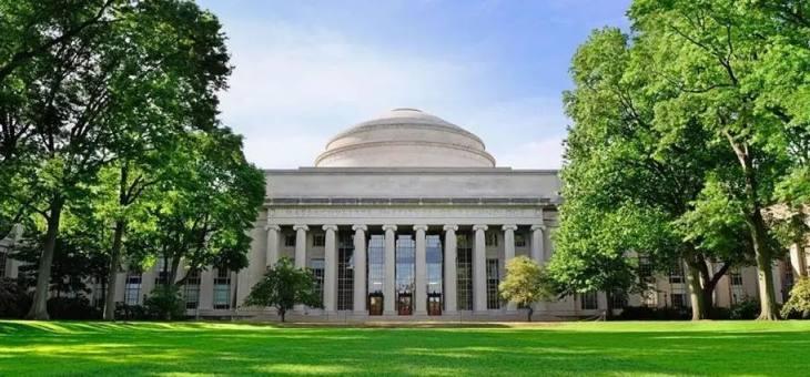 MIT毕业啃老三年!华裔男生日收父母10美金后吐槽:他们无节制地送钱,让我压力很大!