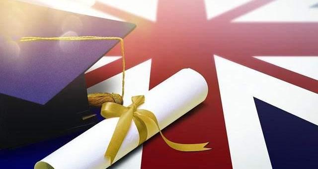 惊呆!英国大学靠国际学生净赚2500亿+,计划每年吸引60万+留学生!